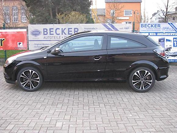 Opel Astra H Coupet